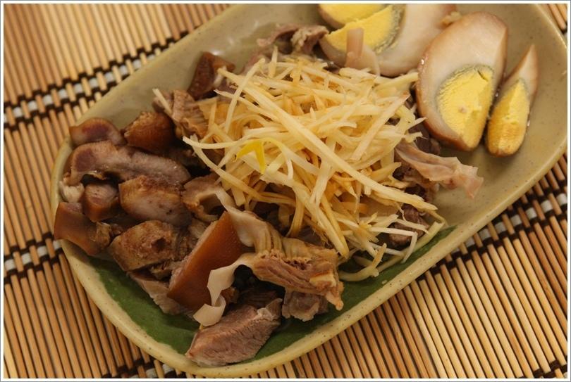 傳統美食玉里麵 (10).JPG
